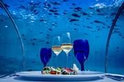 Отель с подводным рестораном открылся на Мальдивах