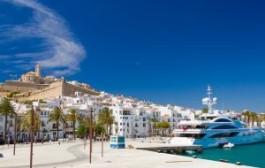 Испания: Клубы Ибицы зарабатывают 100 млн евро в месяц