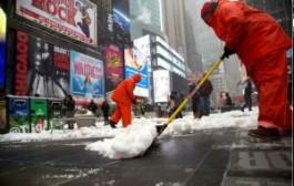 Ситуация в Нью-Йорке после снежной бури