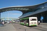 Часть автобусов в аэропорты Москвы станут ездить быстрее