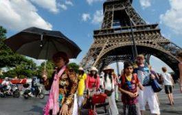 Стали известны города и страны, где туристам уже не рады