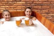 В Испании открылся пивной спа-комплекс