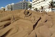 На Канарах появилась достопримечательность из песка