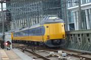 Ураган парализовал транспорт в Германии и Нидерландах