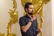 В Эрмитаже начнут проводить экскурсии на языке жестов