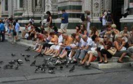 Флоренцию отмывают от туристов