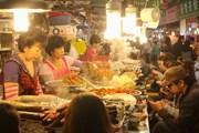Ночной рынок в Сеуле начал новый сезон