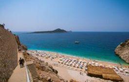 Турецкий пляж Капуташ вошел в рейтинг самых красивых в мире