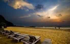 На пляжах Гоа запрещают алкоголь и ночное общение