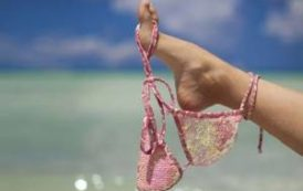 Названы самые развратные пляжи в мире