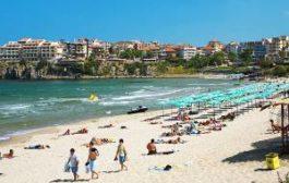 Отбойные течения у берегов Болгарии уносят туристов в море