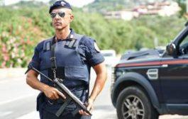 Британского туриста оштрафовали на 1032 евро за кражу песка в Сардинии
