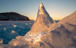 Байкал. Волшебный лед