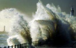 Британия оказалась во власти сильнейшего шторма