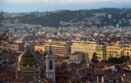 «Сибирь» запускает регулярные рейсы в Ниццу. Сравниваем цены