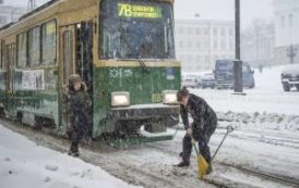 Германия и Австрия утонула в снегу, Греция — замерзла