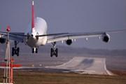 Стоимость авиабилетов из России за рубеж немного снизится